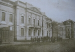 A neoklasszikus homlokzatú Megyeháza (1917)